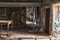 Rubén Mitjavila: Abandonats al pas del temps